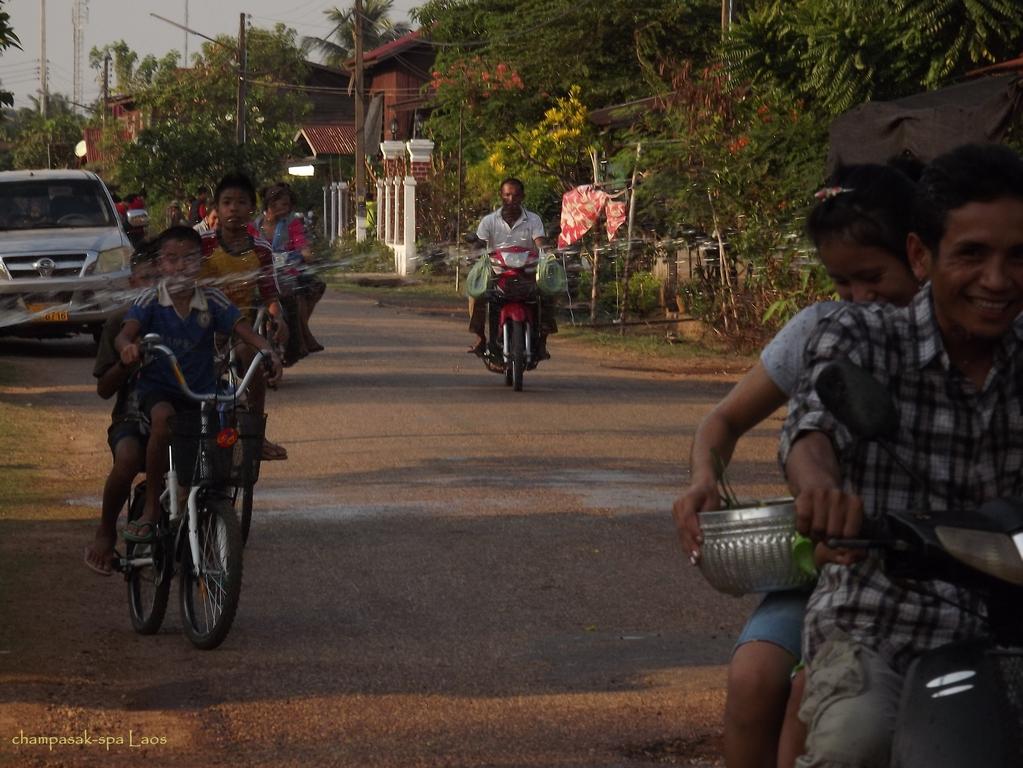 Champasak-Spa-Wellness-Center-Laos-Pimai-Happiness